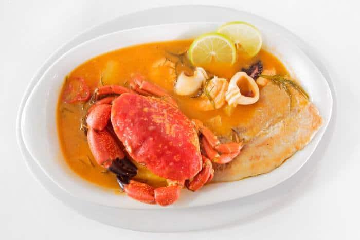 receta de parihuela de pescado y mariscos